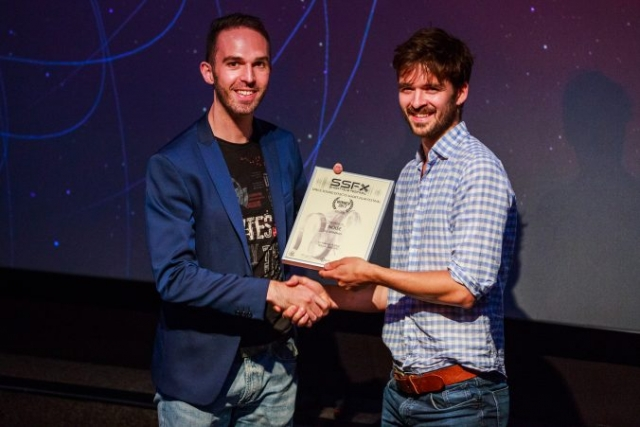 Ali Jennings receives his certificate for 'Noise'